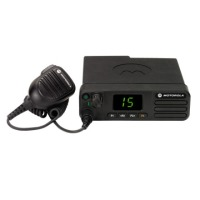 Motorola MOTOTRBO™ DM4400/4401 Two-way Radio